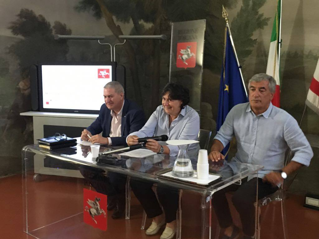 da sinistra Alberto Corsinovi, Stefania Saccardi, Attilio Frnesi